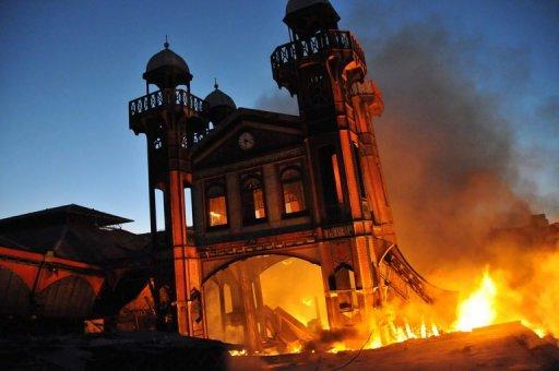 Incendie du marché en fer, on ne fait que parler