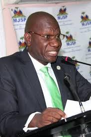Le Ministre de la Justice interpellé