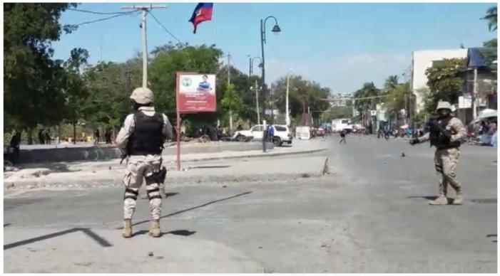 Haiti / Société: manif spontanée au Champs de Mars contre le kidnapping en Haiti