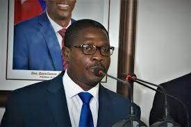 Haiti: Le Ministre de la Justice déshabille des organisations des droits humains, les accuse de fabriquer des rapports