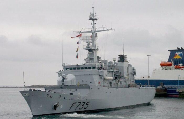 """""""La frégate Germinal est arrivée à Port-au-Prince  avec 47 tonnes d'aide d'urgence"""", a annoncé l'Ambassade de France en Haïti"""